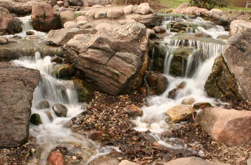 Pondless_Waterfall_3_-497x327